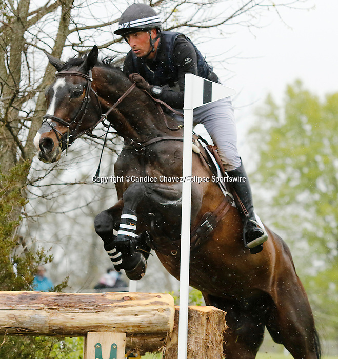 April 24, 2021: #59 Xavier Faer and rider Tim Price in the Cross Country test at the Land Rover Three Day Event at the Kentucky Horse Park in Lexington, KY on April 24, 2021.  Candice Chavez/ESW/CSM