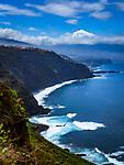 Spanien, Kanarische Inseln, Teneriffa, Blick ueber das Orotavatal und die Nordkueste zum schneebedeckten Pico del Teide (3.718 m) | Spain, Canary Islands, Tenerife, Orotava Valley, Northern coastline and snow covered Pico del Teide (3.718 m)
