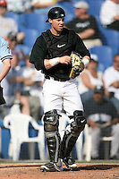 February 25, 2009:  Catcher Curtis Thigpen of the Toronto Blue Jays during a Spring Training game at Dunedin Stadium in Dunedin, FL.  The New York Yankees defeated the Toronto Blue Jays 6-1.   Photo by:  Mike Janes/Four Seam Images