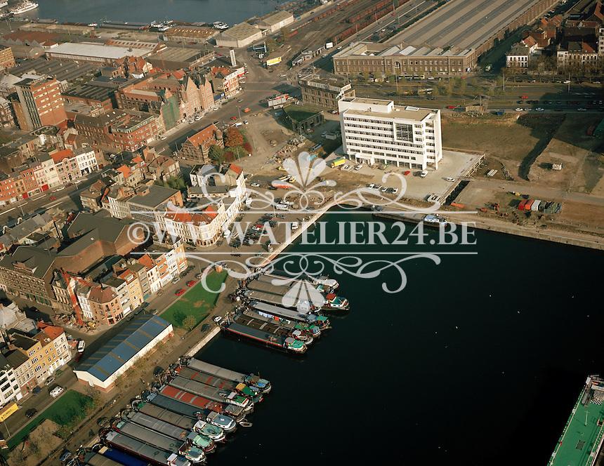 November 1993. Willemdok aan het Eilandje in Antwerpen.