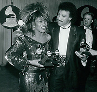 Tina Turner Lionel Ritchie 1985<br /> Photo By John Barrett-PHOTOlink.net / MediaPunch