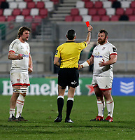6 March 2021; Referee Frank Murphy shows Ulster prop Andrew Warwick the red card during the Guinness PRO14 match between Ulster and Leinster at Kingspan Stadium in Belfast. Photo by John Dickson/Dicksondigital