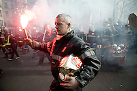 Firefighters Riot in Paris