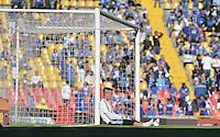BOGOTA - COLOMBIA -20 -09-2015: Nikolas Vikonis arquero de Millonarios durante el calentamiento previo al encuentro entre Millonarios y Uniautónoma por la fecha 13 de la Liga Águila II 2015 jugado en el estadio Nemesio Camacho El Campín de la ciudad de Bogotá./ Nikolas Vikonis goalkeeper of Millonarios during the warm up prior the match between Millonarios and Uniautonoma for the 13th date of the Aguila League II 2015 played at Nemesio Camacho El Campin stadium in Bogota city. Photo: VizzorImage / Gabriel Aponte / Staff.