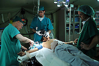 PAKISTAN, PESHAWAR, 31 MAY 2009.A man, critically wounded by a piece of shrapnel, is about to get surgery in the ICRC Surgical Hospital for Weapon Wounded in Peshawar. Some of the wounded at the Hospital are probably Taliban fighters..Foto: Jeroen Oerlemans/Panos Pictures