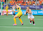 The Hague, Netherlands, June 07: Kelly Jonker #10 of The Netherlands fights for the ball with Kirstin Dwyer #6 of Australia during the field hockey group match (Group A) between Australia and The Netherlands on June 7, 2014 during the World Cup 2014 at Kyocera Stadium in The Hague, Netherlands. Final score 0-0 (0-2) (Photo by Dirk Markgraf / www.265-images.com) *** Local caption ***