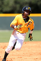 Pittsburgh Pirates shortstop Alen Hanson #43 during an Instructional League game against the Philadelphia Phillies at Pirate City on October 11, 2011 in Bradenton, Florida.  (Mike Janes/Four Seam Images)