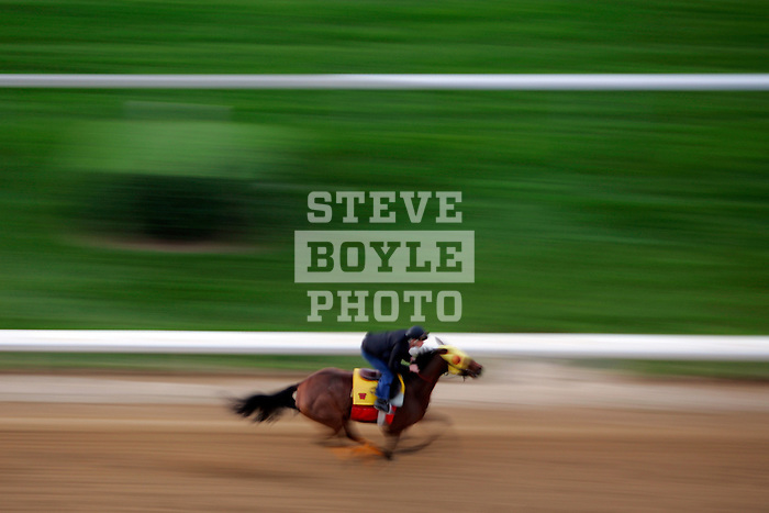 A horse and jockey practice on the track at Churchill Downs during a morning workout in Louisville, Kentucky on May 6, 2006.  Barbaro, ridden by Edgar Prado, won the 132nd Kentucky Derby in the tenth race of the day......
