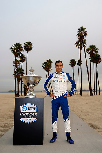 #10: Alex Palou, Chip Ganassi Racing Honda with the Astor Cup trophy
