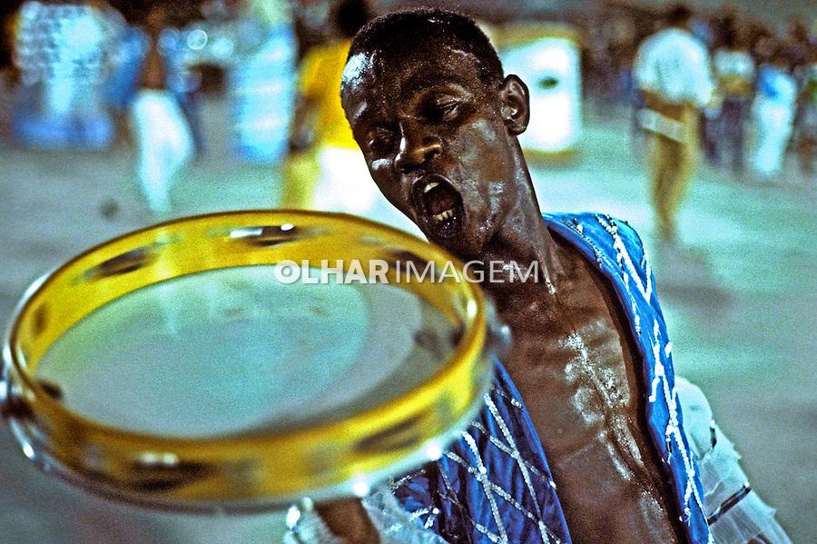 Desfile de carnaval da Vila Isabel, Rio de Janeiro. 1984. Foto de Juca Martins.