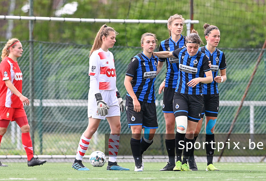 Jody Vangheluwe (22) of Club Brugge pictured celebrating with teammates after scoring a goal during a female soccer game between Club Brugge Dames YLA and Standard Femine de Liege on the seventh matchday in Play-Off 1 of the 2020 - 2021 season of Belgian Scooore Womens Super League , saturday 15 May 2021  in Brugge , Belgium . PHOTO SPORTPIX.BE | SPP | DAVID CATRY