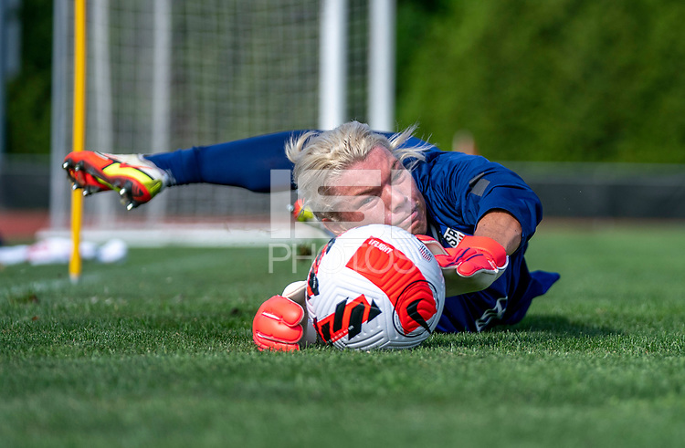 CLEVELAND, OH - SEPTEMBER 14: Jane Campbell of the United States makes a save during a training session at the training fields on September 14, 2021 in Cleveland, Ohio.