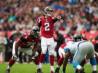 26.10.2014.  London, England.  NFL International Series. Atlanta Falcons versus Detroit Lions. Falcons' QB Matt Ryan [2] calls the play at the line of scrimmage.