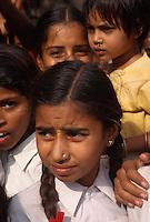 Schulkinder in Ranakpur, Rajasthan, Indien