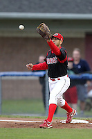 Batavia Muckdogs first baseman Victor Sanchez (14) during game two of the NYPL Semifinals vs. the Tri-City Valleycats at Dwyer Stadium in Batavia, New York September 8, 2010.   Batavia defeated Tri-City 5-4.  Photo By Mike Janes/Four Seam Images