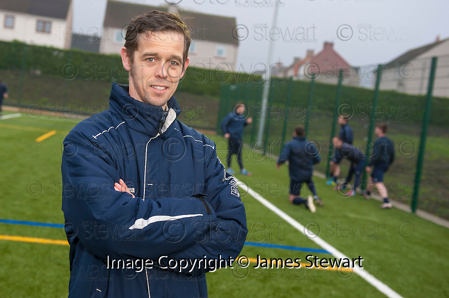 Preston Athletic manager David Bingham prepares his team at their Prestonpans training ground for the first-ever Scottish Sun Lowland League Final.