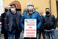 Demonstration of tourist buses and rent with driver cars and buses workers.<br /> Rome (Italy), November 4th 2020<br /> Photo Samantha Zucchi Insidefoto