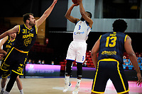 24-03-2021: Basketbal: Donar Groningen v Landstede Hammers: Groningen, Donar speler Jarred Ogungbemi-Jackson met Landstede speler Jozo Rados