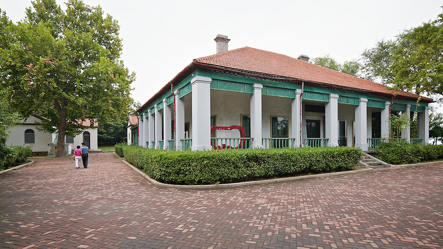 American Consulate And Consul's Residence (before 1911) In Yantai (Chefoo).