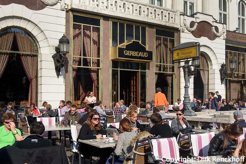 Café und Konditorei Gerbeaud am Vörösmarty tér, Budapest, Ungarn