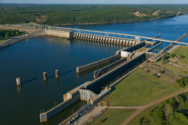 River locks at Pickwick Lake Dam