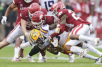 LSU wide receiver Koy Moore (5) carries the ball, Saturday, November 21, 2020 during the fourth quarter of a football game at Donald W. Reynolds Razorback Stadium in Fayetteville. Check out nwaonline.com/201122Daily/ for today's photo gallery. <br /> (NWA Democrat-Gazette/Charlie Kaijo)
