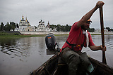 Flussreise auf der Suchona/ Journey on the river Sukhona
