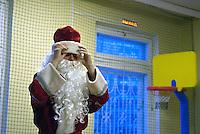 RUSSLAND, Moskau, 12.2007. ©  Sergey Kozmin/EST&OST.Weihnachten mit Vaeterchen Frost. Besuch eines Kindergartens. | Christmas with Father Frost. Visiting a kindergarden.