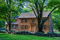 Historic Hartwell Tavern on the Battle Road Trail, Minute Man National Historical Park, Massachusetts, USA.