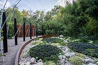 """France, Domaine de Chaumont-sur-Loire, Festival International des Jardins 2018 sur le thème """"Jardins de la pensée"""", jardin """"le filet de pensées"""""""