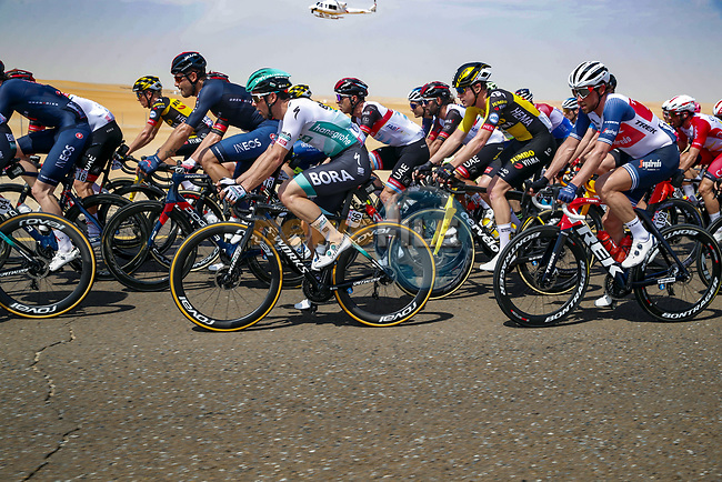 Michael Schwarzmann (GER) Bora-Hansgrohe in the bunch during Stage 1 of the 2021 UAE Tour the ADNOC Stage running 176km from Al Dhafra Castle to Al Mirfa, Abu Dhabi, UAE. 21st February 2021.  <br /> Picture: Luca Bettini/BettiniPhoto | Cyclefile<br /> <br /> All photos usage must carry mandatory copyright credit (© Cyclefile | Luca Bettini/BettiniPhoto)