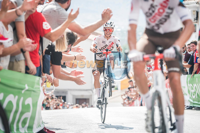 AG2R Citroen Team riders entertain the crowds on the final slope during Stage 11 of La Vuelta d'Espana 2021, running 133.6km from Antequera to Valdepeñas de Jaén, Spain. 25th August 2021.      <br /> Picture: Unipublic/Charly Lopez | Cyclefile<br /> <br /> All photos usage must carry mandatory copyright credit (© Cyclefile | Charly Lopez/Unipublic)