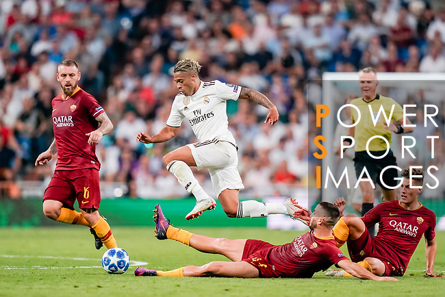 Mariano Diaz Mejia of Real Madrid (C) in action during the UEFA Champions League 2018-19 match between Real Madrid and Roma at Estadio Santiago Bernabeu on September 19 2018 in Madrid, Spain. Photo by Diego Souto / Power Sport Images
