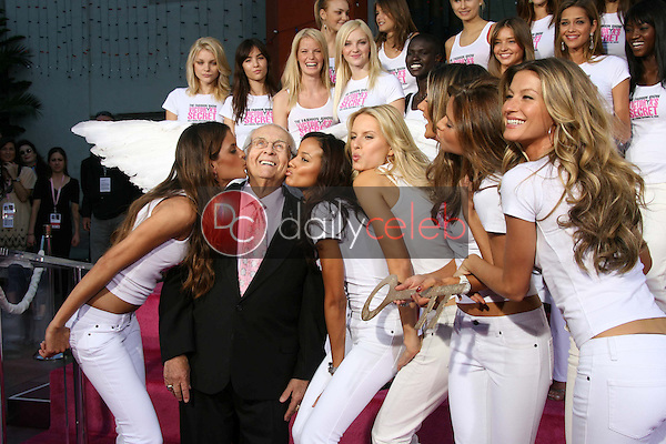 Johnny Grant and the Victoria's Secret Models<br />receiving the Key to the City of Hollywood. Grauman's Chinese Theatre, Hollywood, CA. 11-15-06<br />Dave Edwards/DailyCeleb.com 818-249-4998