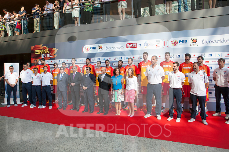 Players and representatives during the official presentation of Spain´s basketball team for the 2014 Spain Basketball Championship in Madrid, Spain. July 24, 2014. (ALTERPHOTOS/Victor Blanco)