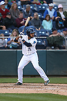 Arturo Nieto (25) of the Everett AquaSox bats during a game against the Spokane Indians at Everett Memorial Stadium on July 24, 2015 in Everett, Washington. Everett defeated Spokane, 8-6. (Larry Goren/Four Seam Images)