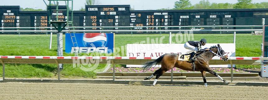 Kiernan's Legacy winning at Delaware Park on 5/9/11