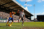 Notts County 0 Mansfield Town 0, 14/01/2017. Meadow Lane, League Two. Yoann Arquin of Mansfield attempts a cross. Photo by Paul Thompson.