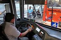 Trabalho motorista, transporte publico. Sao Paulo. 2017. foto Juca Martins.