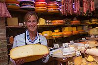 Belgique, Flandre Occidentale, Bruges:  Isabel Verhelle, Fromagerie: Diksmuids Boterhuis // Belgium, Western Flanders, Bruges: Isabel Verhelle, cheese dairy : Diksmuids Boterhuis