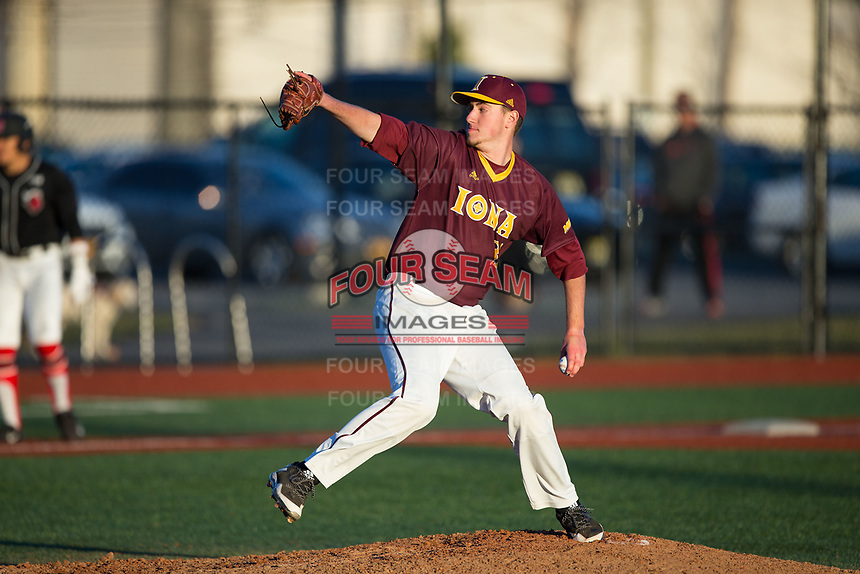 Iona Gaels relief pitcher Jason Antalek (32) in action against the Rutgers Scarlet Knights at City Park on March 8, 2017 in New Rochelle, New York.  The Scarlet Knights defeated the Gaels 12-3.  (Brian Westerholt/Four Seam Images)
