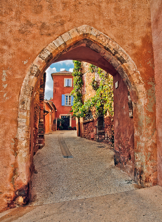 Archway in Roussillon