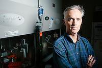 Jim Collins - MIT - Department of Biological Engineering