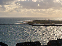 Blick vom Klippenrandweg auf Düne Insel Helgoland, Schleswig-Holstein, Deutschland, Europa<br /> Dune seen from Klippenrandweg, Helgoland island, district Pinneberg, Schleswig-Holstein, Germany, Europe