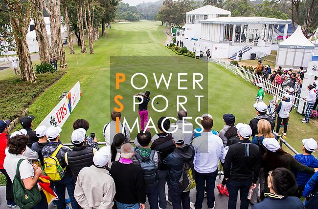 Fans watch as Scott Hend of Australia tees off during the day three of UBS Hong Kong Open 2017 at the Hong Kong Golf Club on 25 November 2017, in Hong Kong, Hong Kong. Photo by Marcio Rodrigo Machado / Power Sport Images