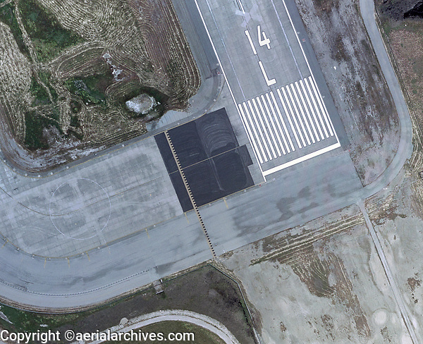 aerial photograph of the threshold of runway 14L at Moffett Federal Field (NUQ), Mountain View, Santa Clara County, California