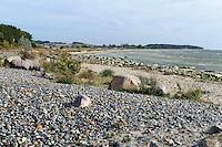 Küstenschutz mit Geröll und Granit bei Klein Zicker auf Rügen, Mecklenburg-Vorpommern, Deutschland