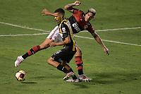 Volta Redonda (RJ), 01/05/2021 - VOLTA REDONDA-FLAMENGO - Pedro (d), do Flamengo. Partida entre Volta Redonda e Flamengo, válida pela semifinal do Campeonato Carioca, realizada no Estádio Raulino de Oliveira, em Volta Redonda, neste sábado (01).