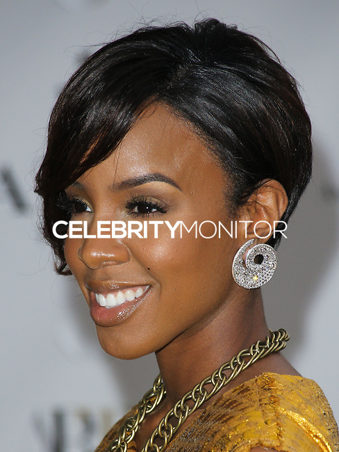 NEW YORK CITY, NY, USA - MAY 12: Kelly Rowland at the American Ballet Theatre 2014 Opening Night Spring Gala held at The Metropolitan Opera House on May 12, 2014 in New York City, New York, United States. (Photo by Celebrity Monitor)