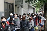 17.08.2020 - Fila para tirar RG em São Paulo